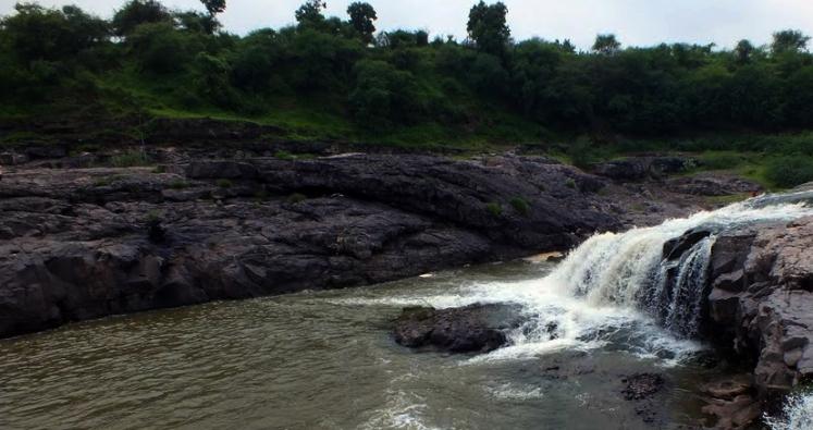 zanzari-waterfalls.jpg