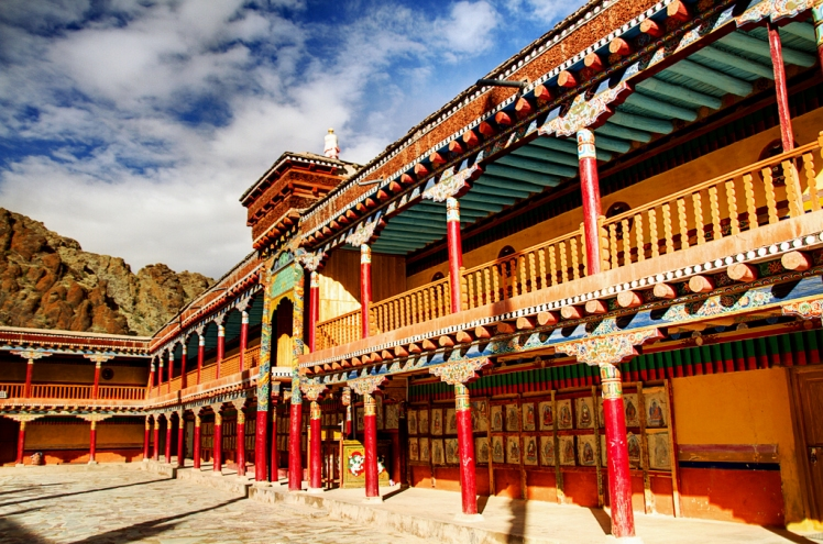 Hemis_Monastery_Ladakh_10501.jpg