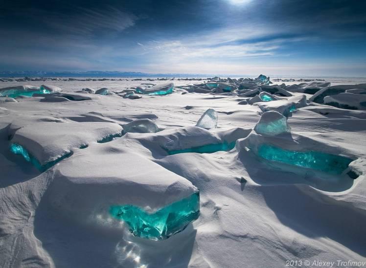 lake_baikal_ice.jpg