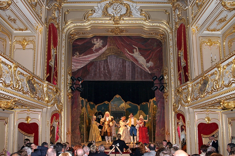 theater-at-the-yusupov-palace-in-st-petersburg.jpg