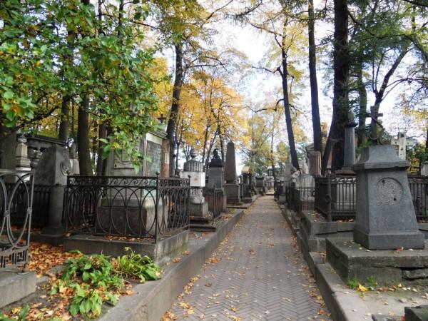 Tikhvin Cemetery.jpg