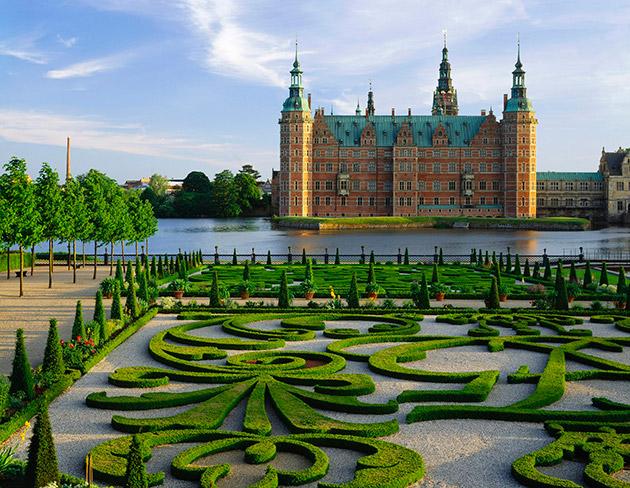 1304-destinations-5md-copenhagen-castle-630