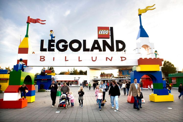 "Lego reports ""very satisfactory"" six-month results"